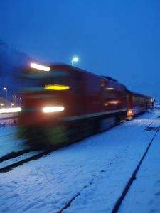 ora de iarna vara tren