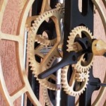 Ceasurile din lemn, un ornament inedit pentru casa ta